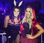 Thaís Bianca e Carol Narizinho usam looks sensuais para festa a fantasia